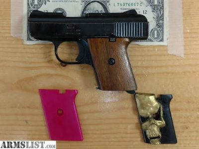 For Sale: Classic Old School Raven .25 acp conceal carry pistol.