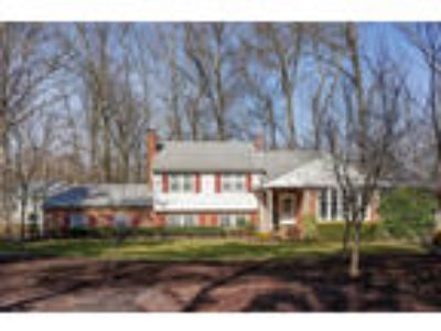Fox Hollow Woods Colonial