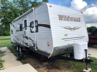 2012 Forest River Wildwood M-26TBSS
