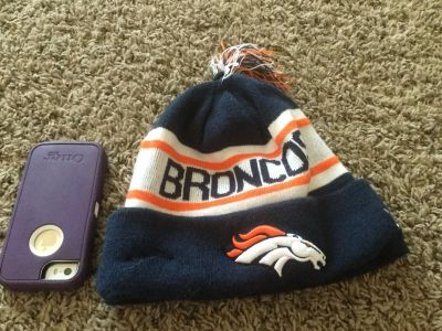 NFL Broncos hat, outside in GUC, inside has a spot. Scroll right to see inside, adult size. $2.00