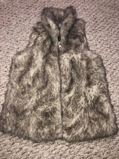 Girls size 8/10 Furry Vest **Perfect for the Holidays**