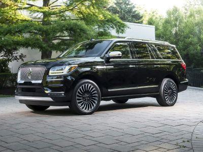 2018 Lincoln Navigator L Reserve (Black Velvet)