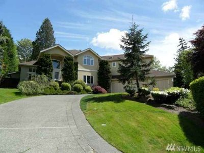 16114 SE Cougar Mountain Wy Bellevue Five BR, Elegant & gracious