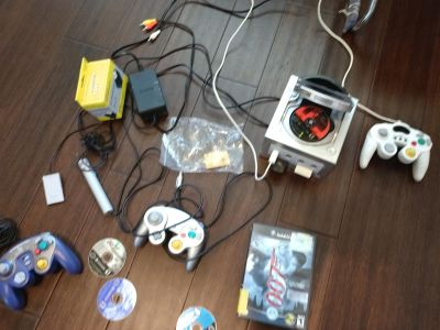 Game cube controllers super smash melle and5 games