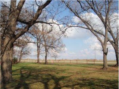 $750,000, 2909 S Cemetery Rd - Ph. 405-812-1572