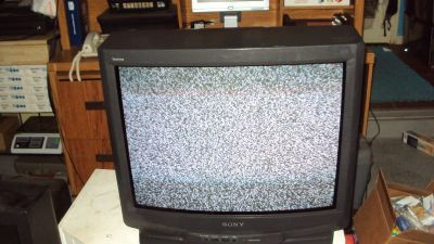 32' Sony TV With Remote Control