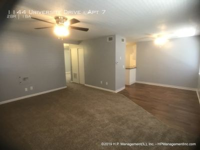 Landshire 1124/1144 Two Bedroom Second Floor Middle