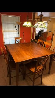 Bar Height Table w/6 chairs