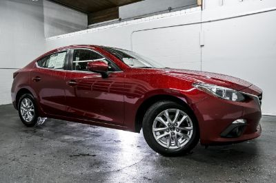 2015 Mazda Mazda3 i Touring (Soul Red Metallic)