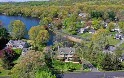 27 Old Black Rock Turnpike FAIRFIELD Four BR, Spectacular home