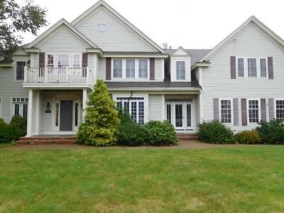 4 Bed 3.5 Bath Foreclosure Property in Kingston, MA 02364 - Country Club Way