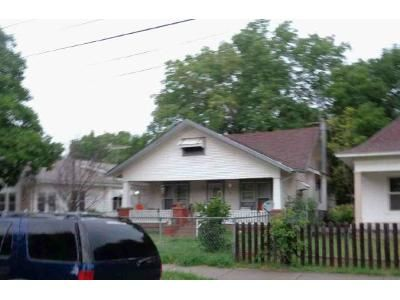 2 Bed 1 Bath Foreclosure Property in Towanda, KS 67144 - North St