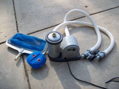 INTEX POOL PUMP AND ACCESSORIES