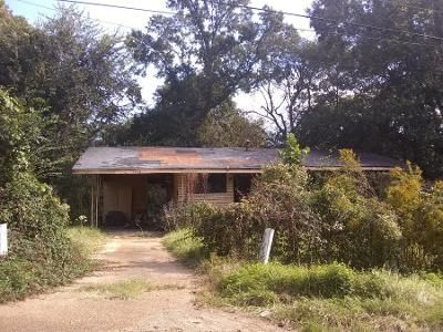 3 Bed 1.0 Bath Preforeclosure Property in Jackson, MS 39213 - Cromwell St