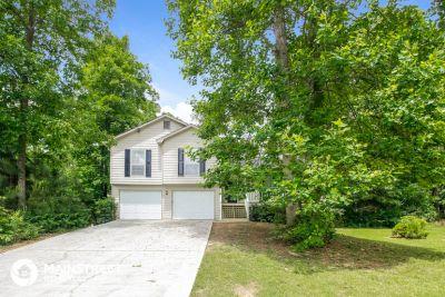 $1645 4 apartment in Gwinnett County