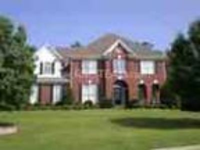 Beautiful Five BR Finished Basement Buford Area