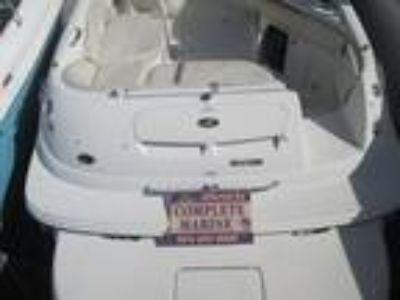 2009 Sea Ray 240 Sundeck