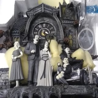 Brand new The Munsters illuminated coo coo clock