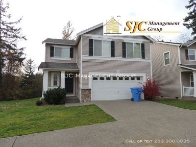 Three bedrooms with a den/office home for rent in Bonney Lake.