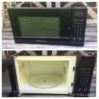 Microwave, clean, works great **READ PICK-UP DETAILS BELOW