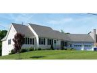 Three BR/1.One BA Property in Leominster, MA