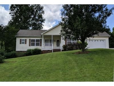 3 Bed 2 Bath Preforeclosure Property in Statesville, NC 28625 - Rydel Ln