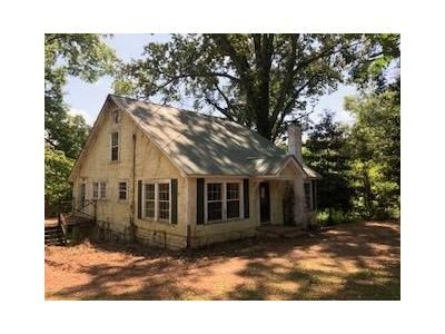 3 Bed 1 Bath Foreclosure Property in Philadelphia, MS 39350 - Henley Ave