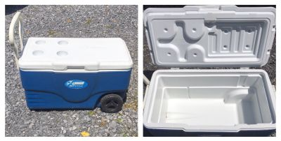 Cooler on wheels, nice condition **READ PICK-UP DETAILS BELOW