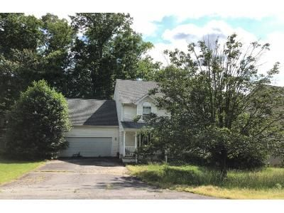 4 Bed 3 Bath Preforeclosure Property in Fredericksburg, VA 22408 - Watford Ln