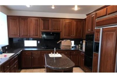 Gorgeous Newbury Park, 4 bedroom, 4 bath. Washer/Dryer Hookups!