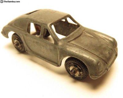 Vintage Tootsie Toy Porsche Die cast BF7A318
