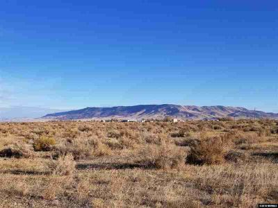 1861 Presidential Blvd Battle Mountain, Two 5 acre parcels