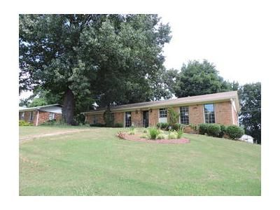 3 Bed 2 Bath Foreclosure Property in Birmingham, AL 35215 - 39th Ave NE
