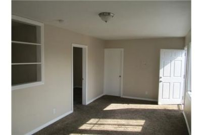 Remodeled 3 Bedroom 2 Bath Apartment. MUST SEE