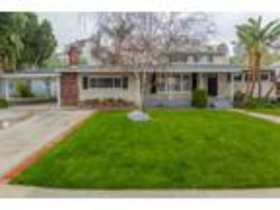 Great Woodland Hills Location