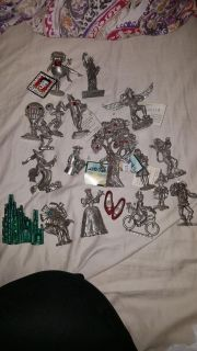 17 WIZARD OF OZ PEWTER FIGURINES + 2 OTHERS