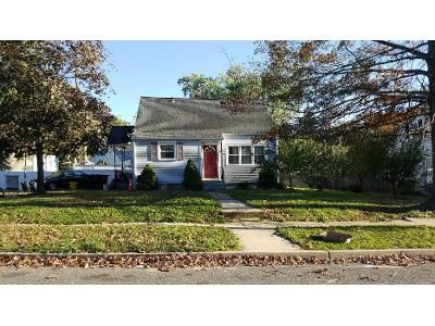 3 Bed 2 Bath Preforeclosure Property in Clementon, NJ 08021 - S Brighton Ave