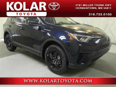 2018 Toyota RAV4 LE (Galactic Aqua Mica)