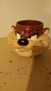 Collectable prom plastic Tasmanian Devil excellent condition from 1992 looney tunes