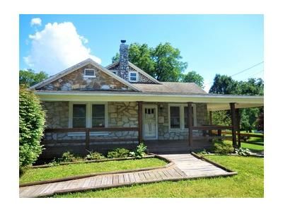 3 Bed 1 Bath Foreclosure Property in Newport, TN 37821 - North St