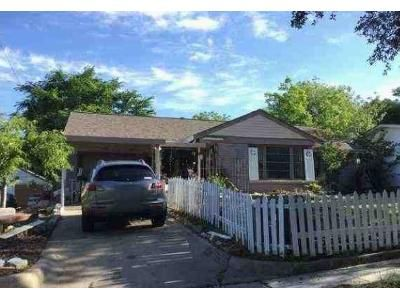 3 Bed 1 Bath Preforeclosure Property in Fort Worth, TX 76103 - Meadowbrook Dr