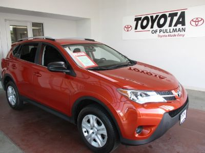 2015 Toyota RAV4 LE (Orange)