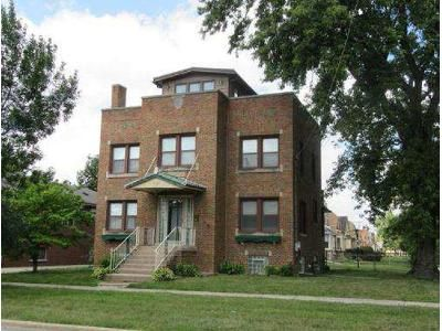 4 Bed 1.5 Bath Foreclosure Property in Evergreen Park, IL 60805 - W 91st St