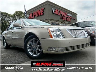 2010 Cadillac DTS Luxury Collection (Vanilla Latte)