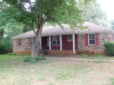 4 Bed 2 Bath Foreclosure Property in Charlotte, NC 28216 - Ford St