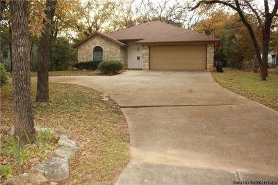 1307 Banks St Fort Worth, TX 76114
