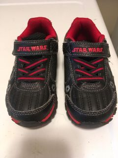 Star Wars toddler shoes size 8