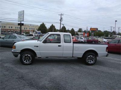 1996 Ford Ranger Splash (white)