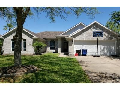 2 Bath Preforeclosure Property in League City, TX 77573 - Ivory Pointe Dr