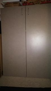 Cabinet like new condition